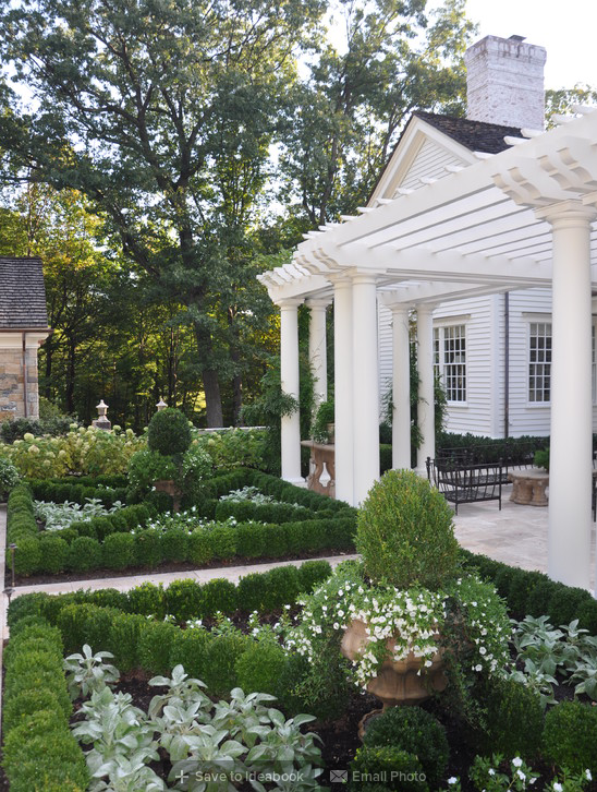 A Classic Country White Garden