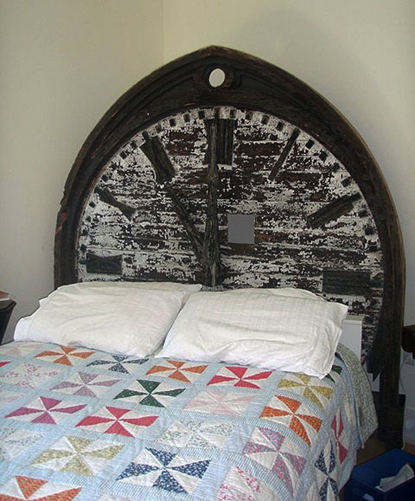 clock-headboard-ideas