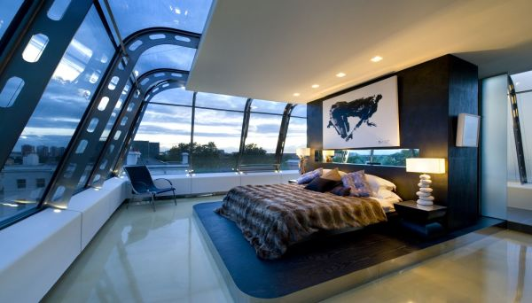 Bedroom with 360 degree view