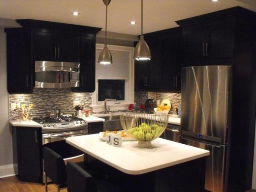20 black kitchen designs for Black kitchen design