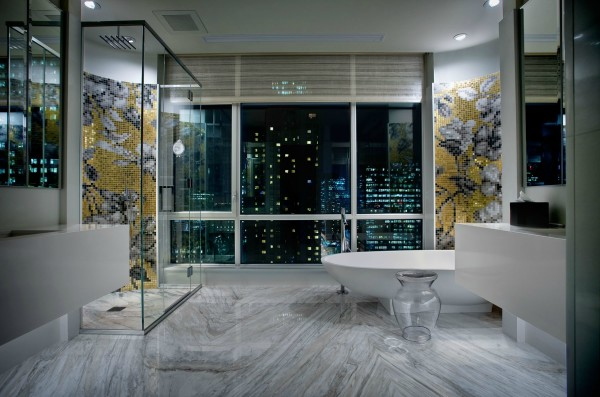 Luxury Penthouse located in downtown Montreal