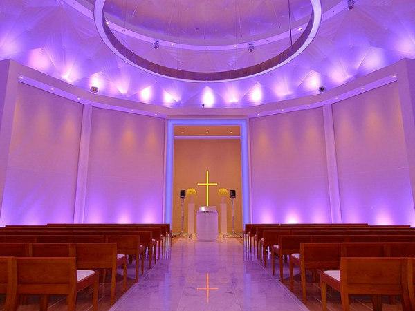 Wedding Chapel, Hilton Fukuoka Sea Hawk, Japan by NOMURA