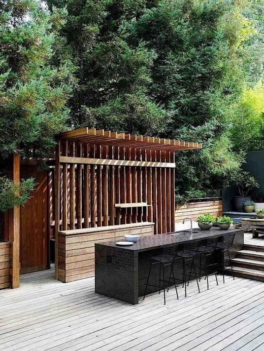 pergola-like outdoor kitchen