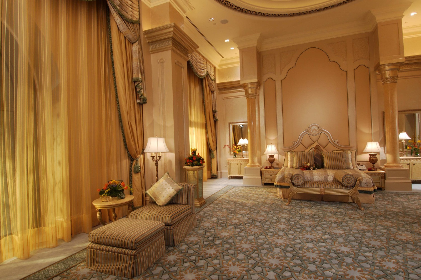 Hotel Suite In The Emirates Palace In Abu Dhabi United