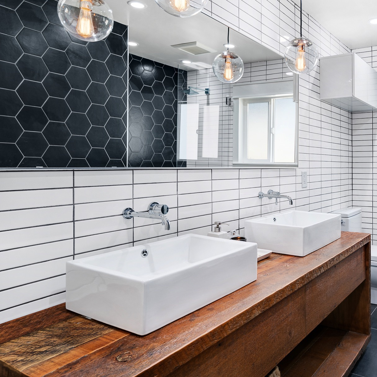 The most beautiful ways to have tiles in the bathroom