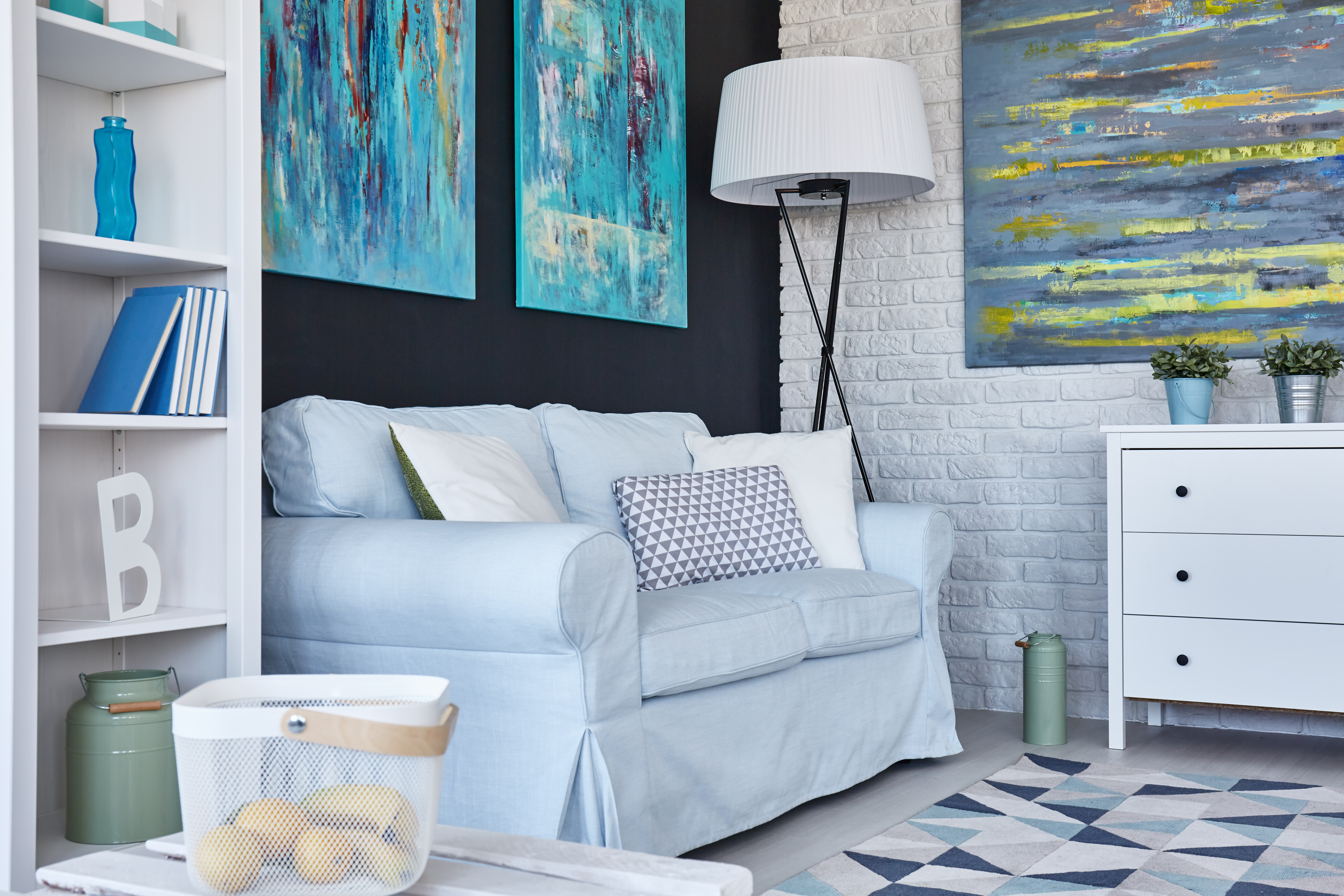 5 Wall Painting Ideas for Living Room to Make It Look Classy