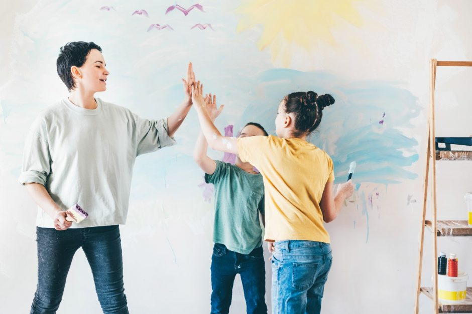 Warli-wall-painting-Interiordesignsmagazine.com