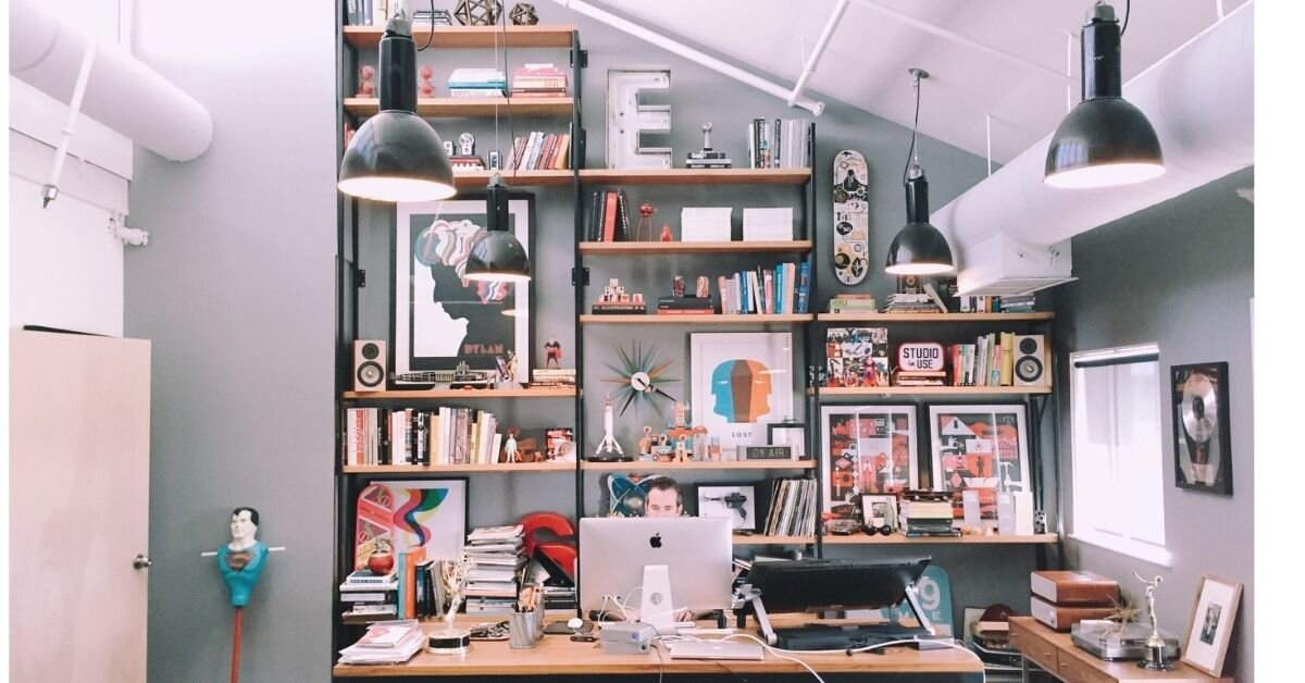 Best Ways To Decorate The Interiors of Your Office Wall