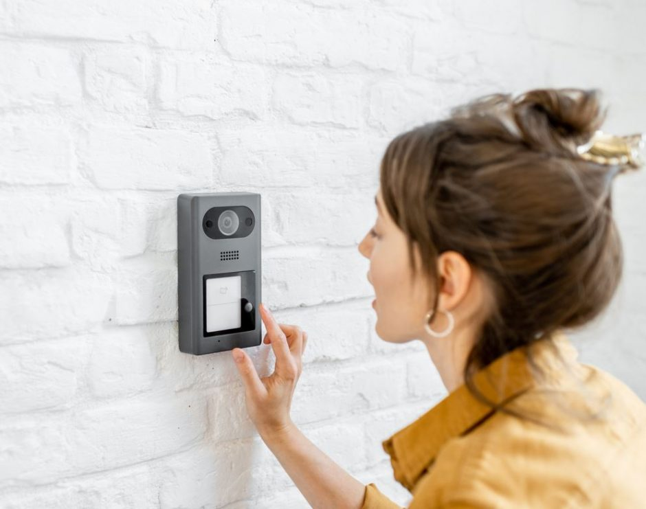 Ring-Doorbell-Interiordesignsmagazine.com
