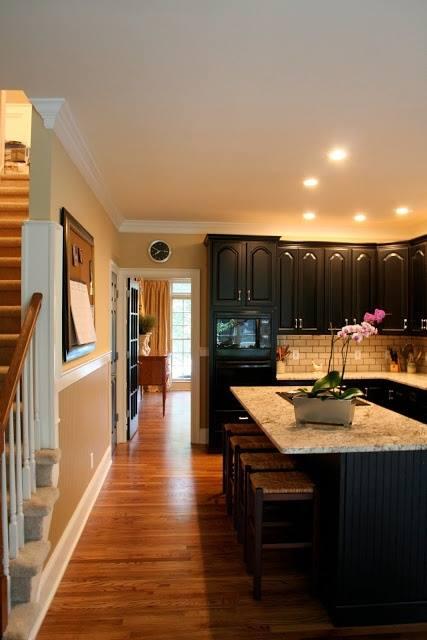 Black Kitchen Designs 7