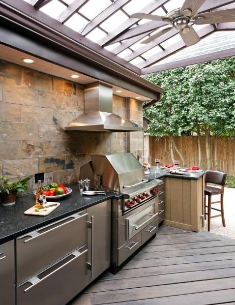 Modern Outdoor Kitchen 3
