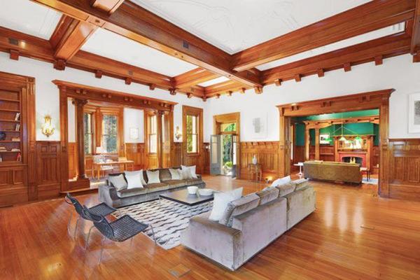Lovely living room in Darling Point, Sydney