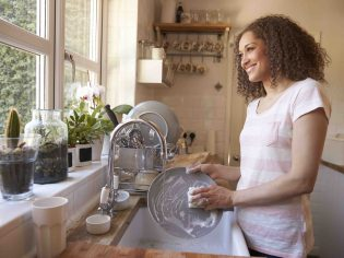 The Things You Need to Know About Undermount Kitchen Sinks