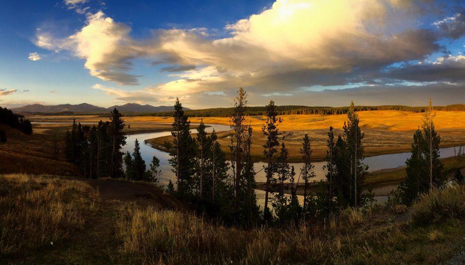 Yellowstone-National-Park-Interiordesignsmagazine.com